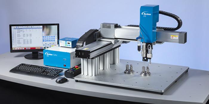 Nordson EFD presenta el robot de pórtico dosificador de líquidos con visión de la serie GV
