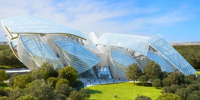 La Fondation Louis Vuitton o el desafío de una solución de hipervisión (imágenes holográficas móviles en 3D) comercial múltiple
