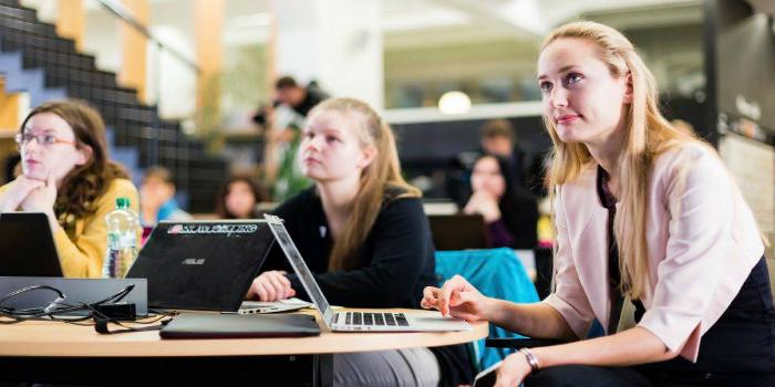 Konica Minolta apoya el proyecto por la diversidad de género en TI 'Czechitas' por tercer año consecutivo