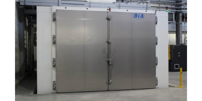 Environne'Tech invierte en una cámara climática para grandes volúmenes y temperaturas extremas.