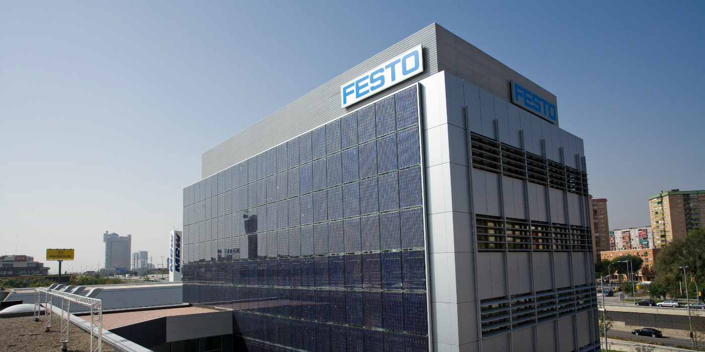 Festo prevé reducir su coste energético un 27% con 300 placas fotovoltaicas