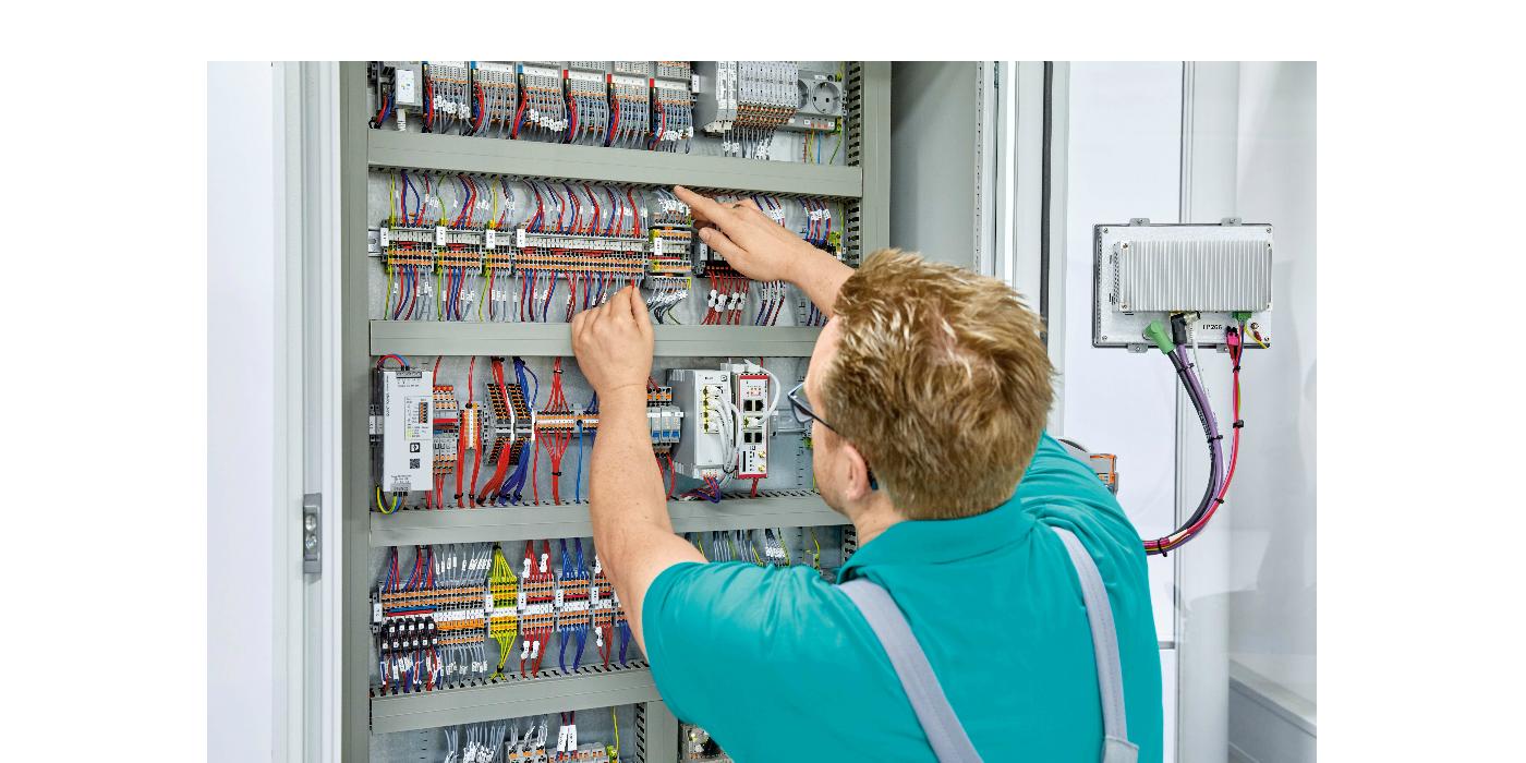 """RS Components anuncia la disponibilidad de la gama """"COMPLETE line"""" de Phoenix Contact para armarios de control"""