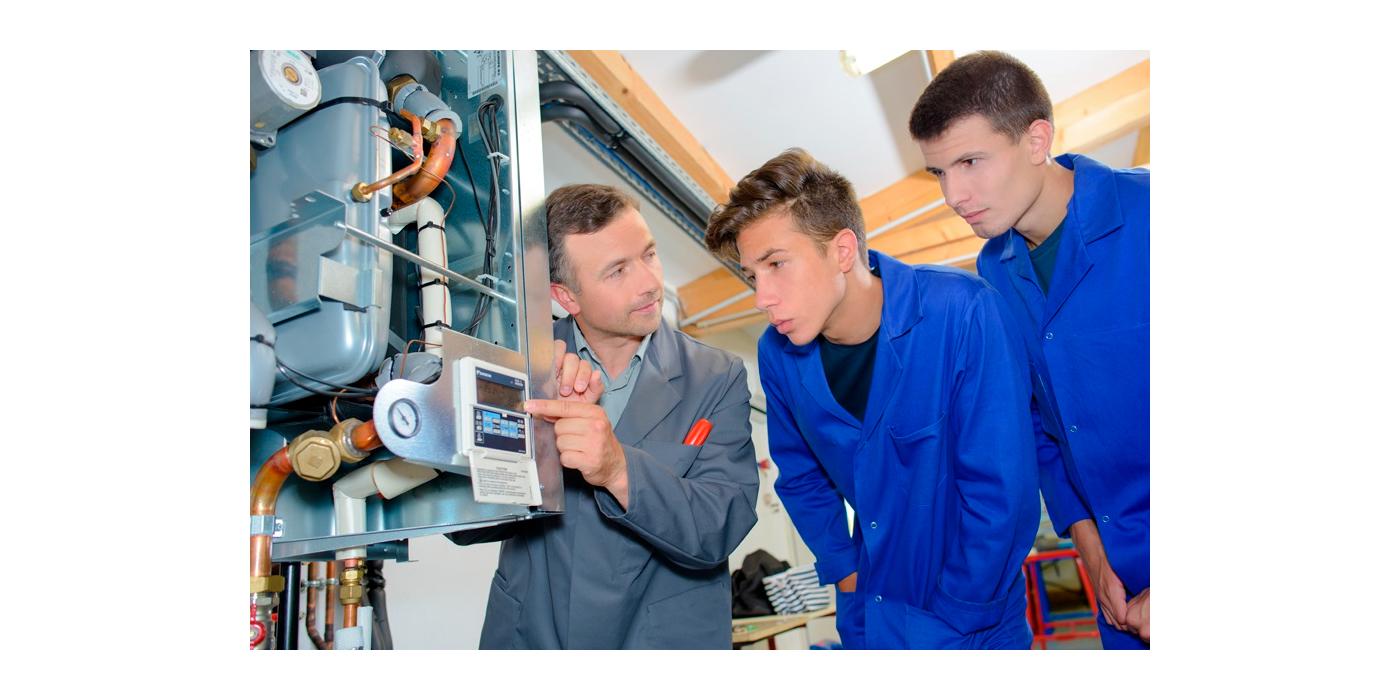 La Escuela Técnica de AGREMIA pone en marcha un ambicioso programa de formación basado en la especialización