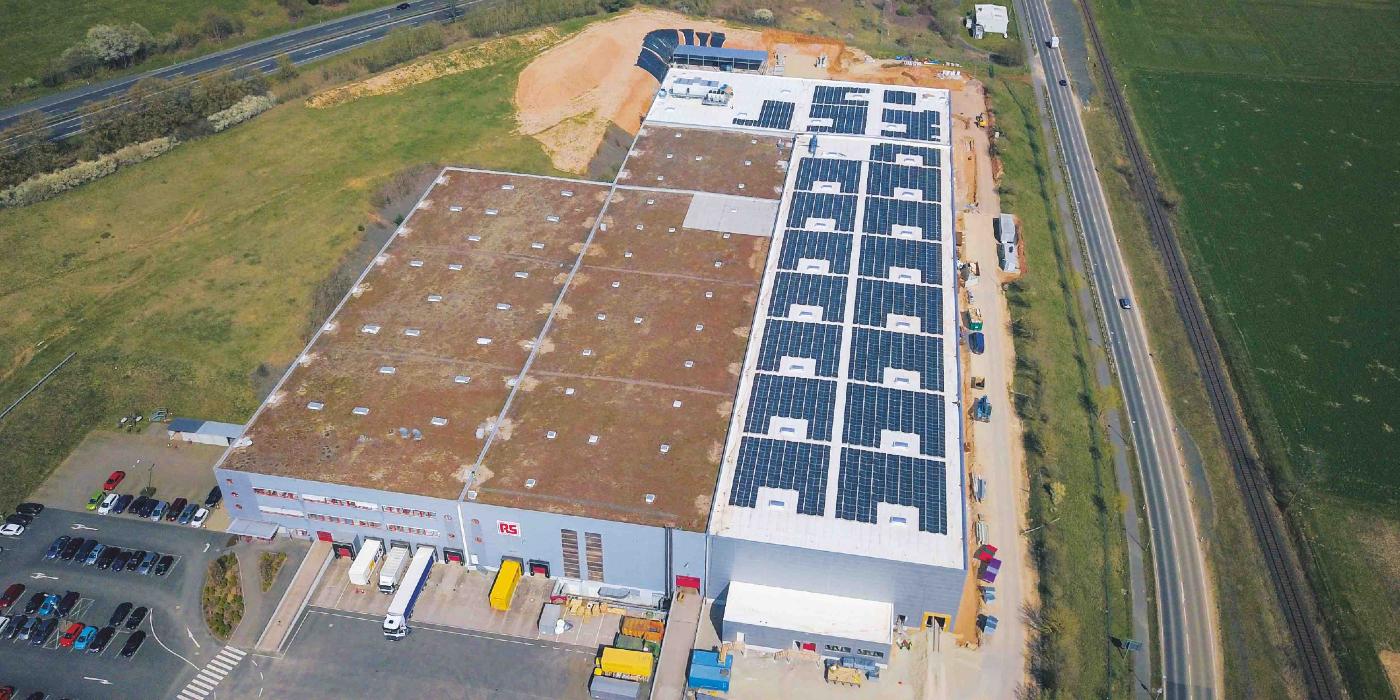 RS Components aprovecha la energía solar en la gran ampliación de su centro de distribución europeo