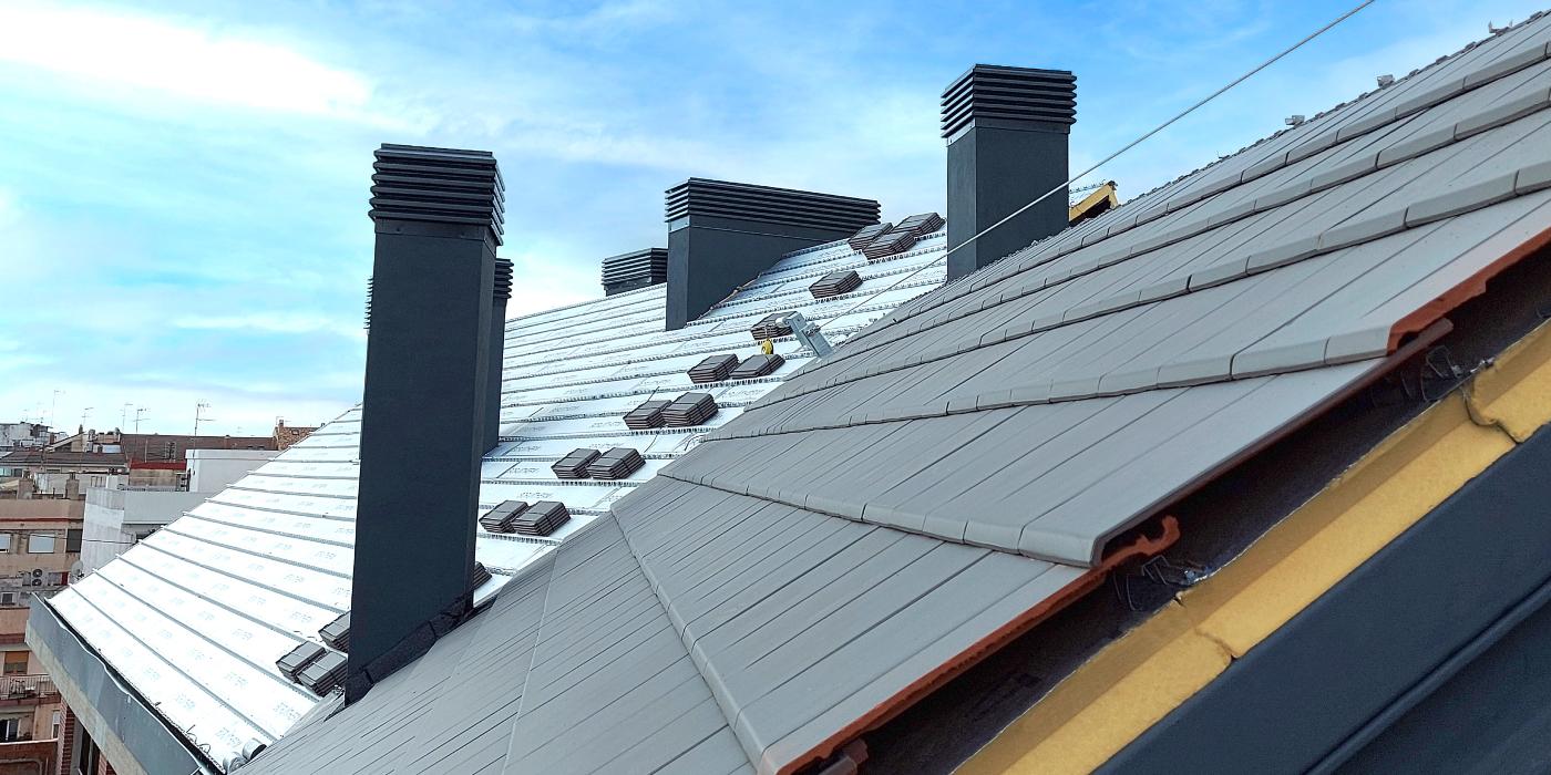 La teja cerámica es la solución más sostenible para la rehabilitación energética de la cubierta