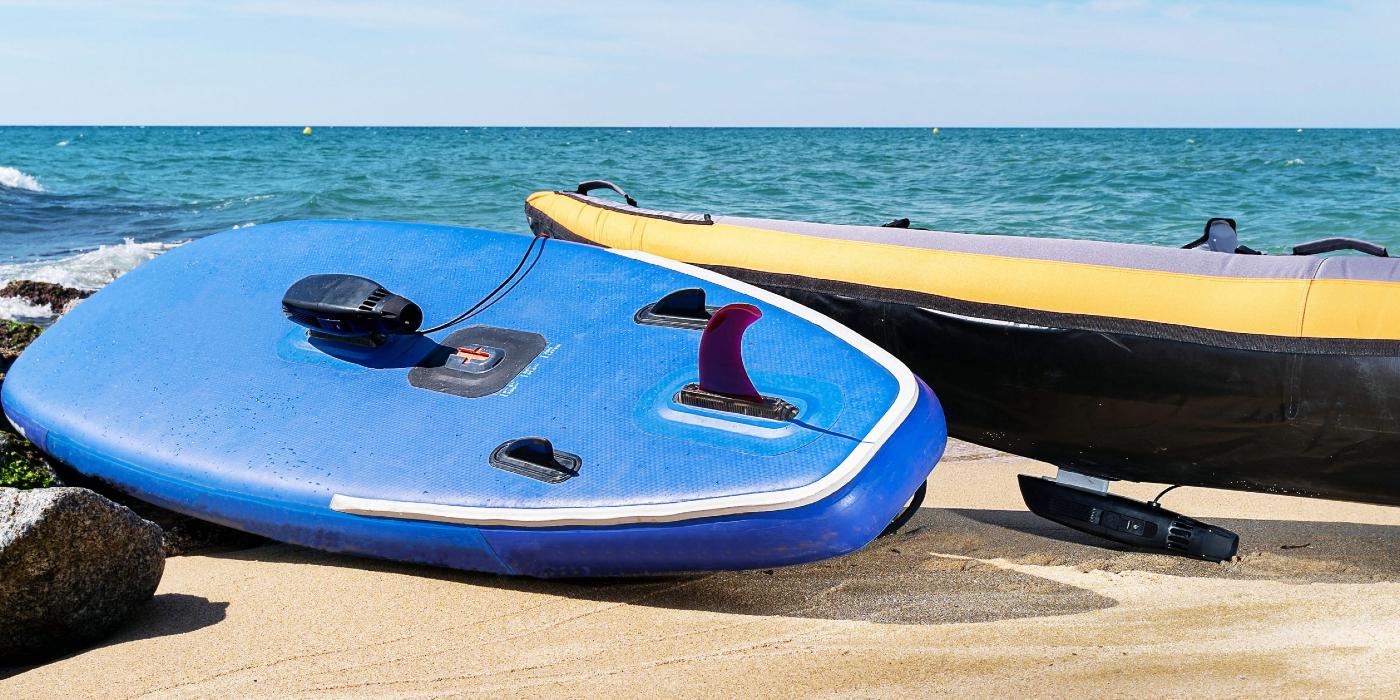 eSea presenta su innovador propulsor eléctrico para deportes náuticos en la playa de la Barceloneta