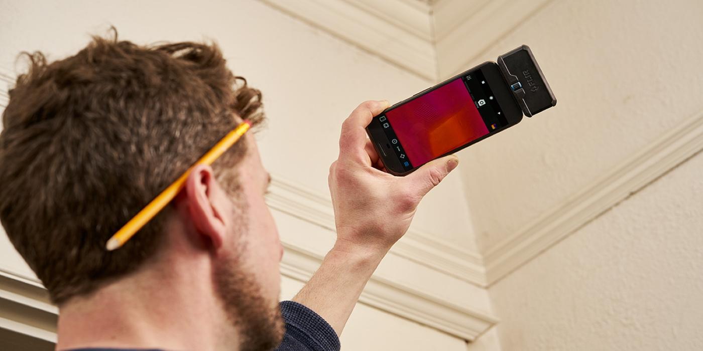 El proveedor de energía del Reino Unido presta cámaras FLIR ONE a los clientes para ayudar a reducir los costos
