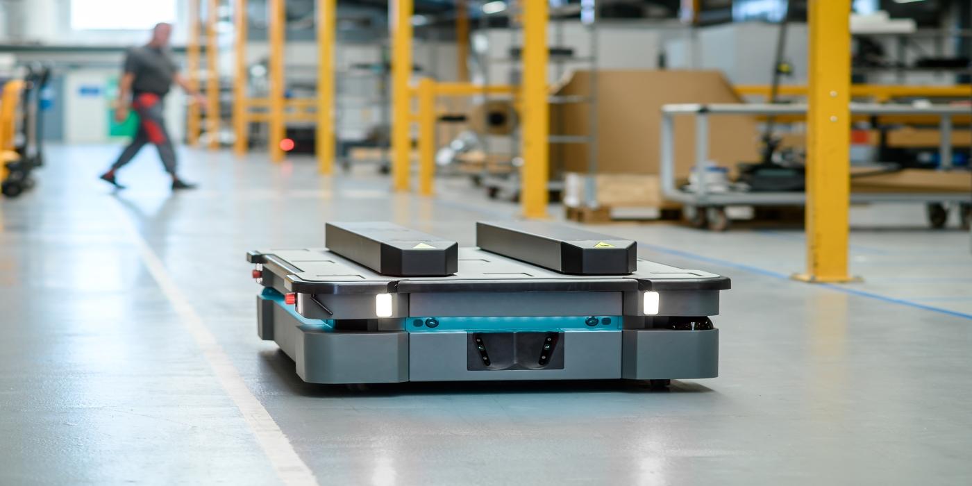 MiR Robots lanza al mercado dos potentes robots móviles autónomos para optimizar la logística
