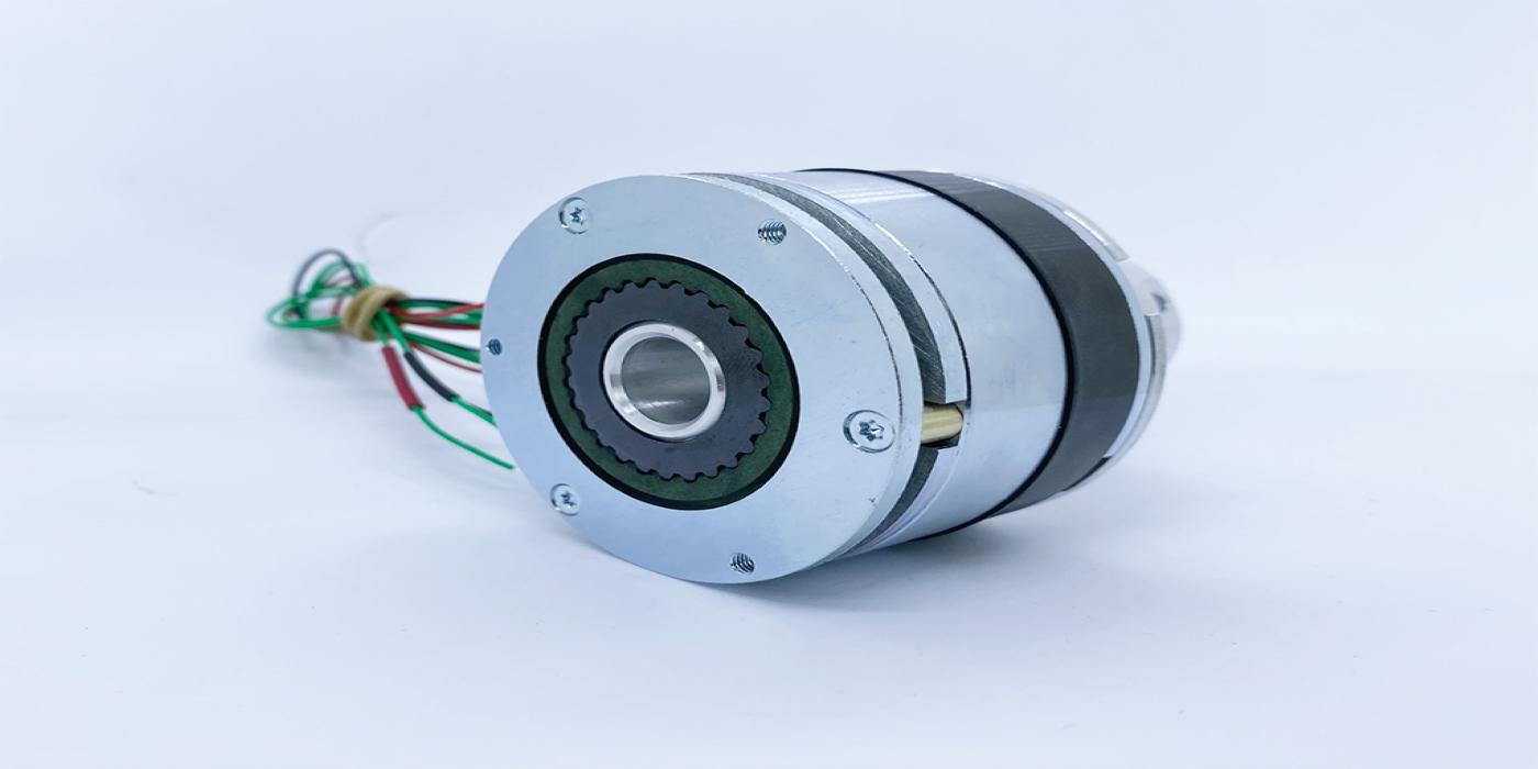 SG Transmission desarrolla el primer freno híbrido de imán permanente y resorte aplicado