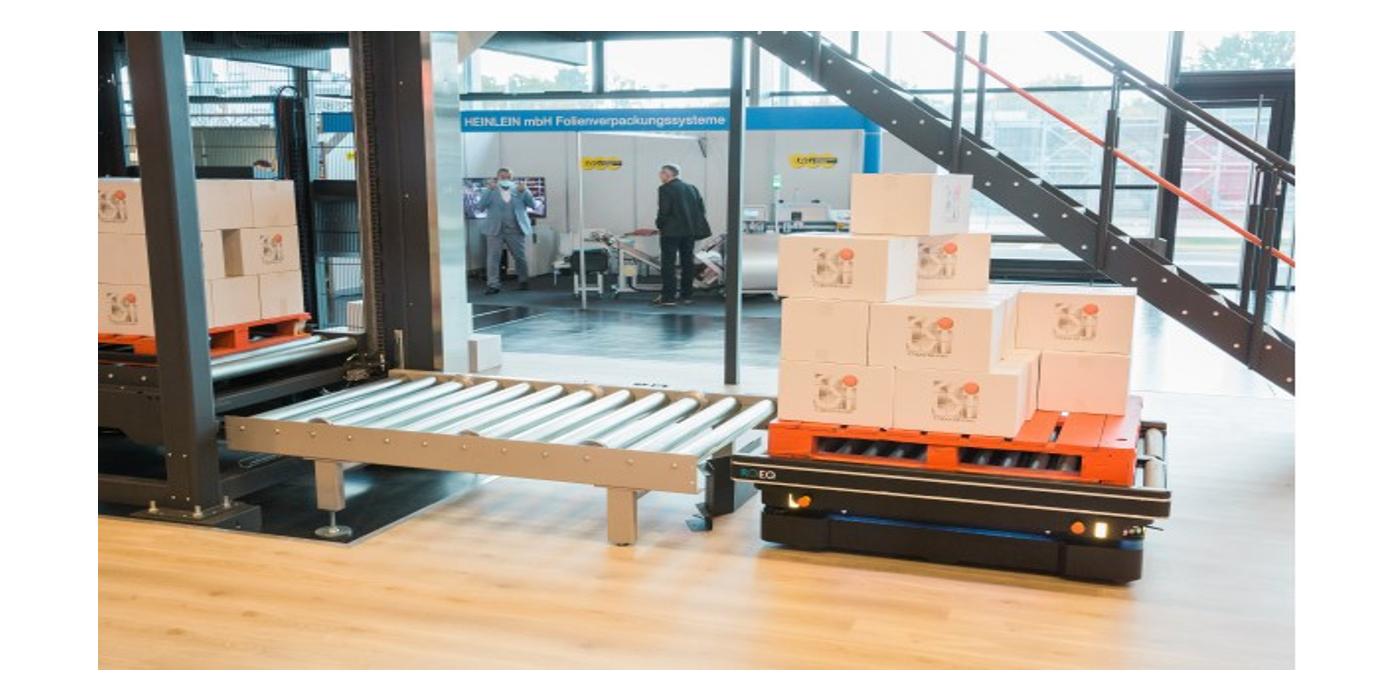 MiR Robots se alía con CSi palletising para automatizar el transporte de materiales en la industria de bienes de consumo
